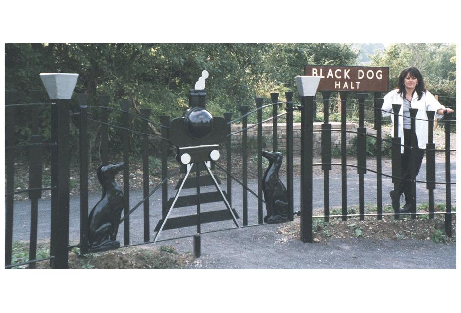 Black DDog Gate & Railings