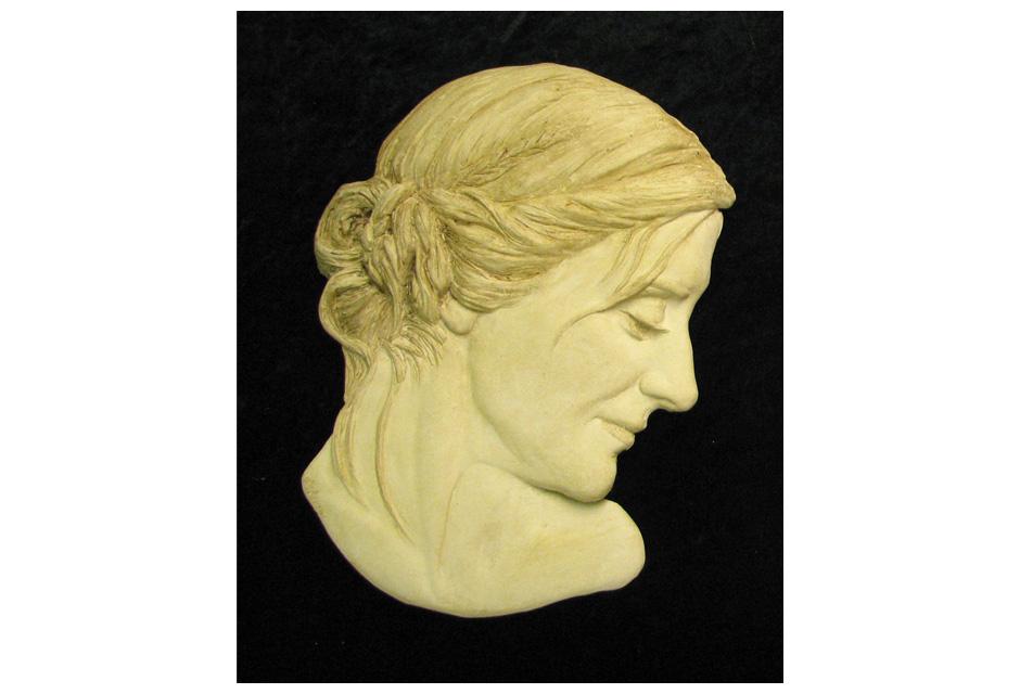 Nina Sculpture