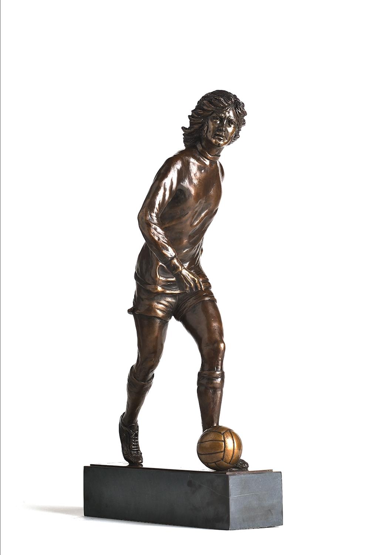 George Best Sculpture in bronze
