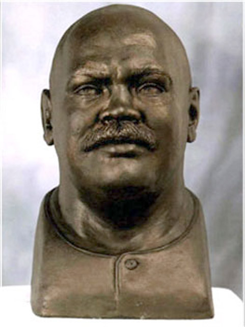 Portrait Sculpture of Rugby Player – Gareth 'Coochie' Chilcott